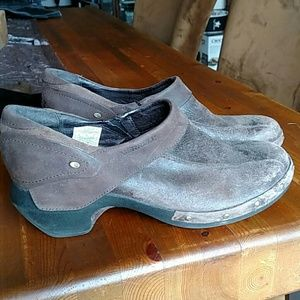 Merrell Distressed Brown Leather Slip-on Size 10